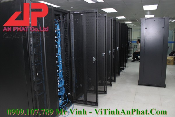 Workstations-Intel-S2600-02-CPU-SK-2011-Chuyen-Render-Farm
