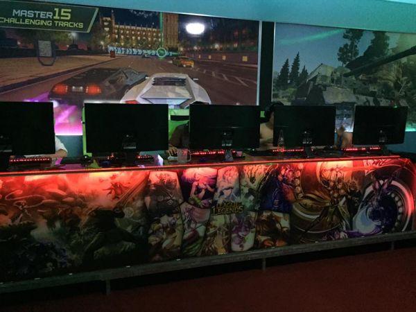 Cyber All Game - Phòng game khủng nhất Việt Nam : 40 triệu/1 máy do An Phát đầu tư và lắp đặt